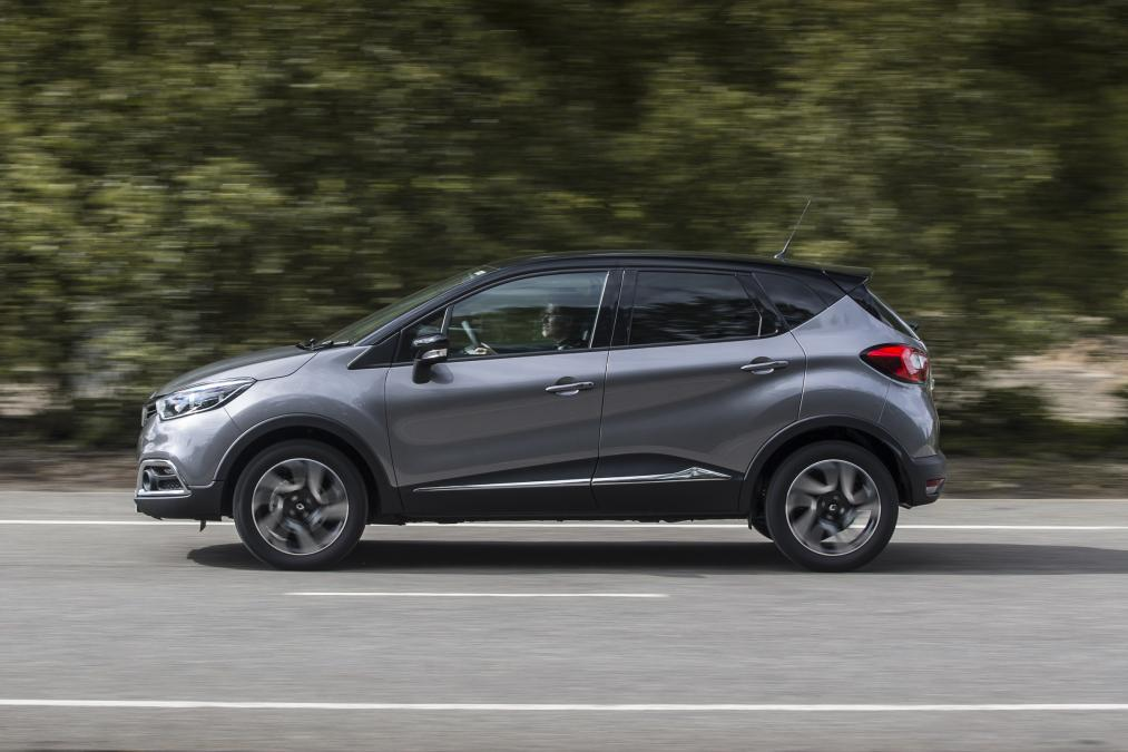 Renault Captur Premium SUV, renault captur india launch date price, renault captur 7 seater price in india, renault captur mileage, renault captur interior images, renault captur seating capacity, renault captur release date, renault captur team bhp, renault captur images,